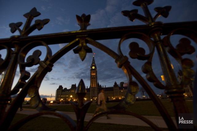 Le parlement fédéral, à Ottawa... (Photo Sean Kilpatrick, Archives La Presse Canadienne)