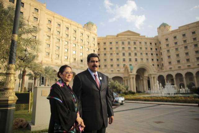 Nicolas Maduro et sa femmeCilia Flores se trouvaient... (PHOTO REUTERS)