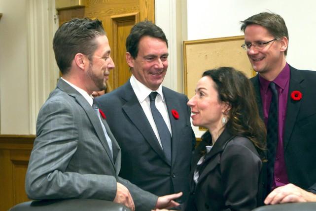 Le nouveau député dans René-Lévesque, Martin Ouellet (à... (La Presse Canadienne, Clément Allard)