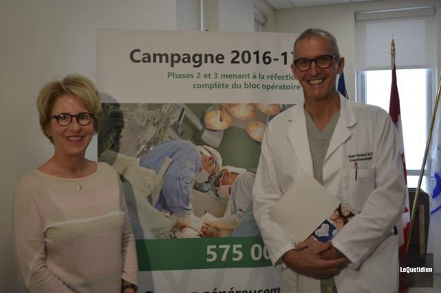 Madeleine Leclerc et Alain Béland ont lancé la... (Photo Le Quotidien, Louis Potvin)