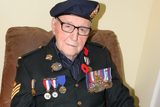 Le vétéran Lorenzo Tremblay, 93 ans, a été... (Collaboration spéciale Fanny Lévesque)