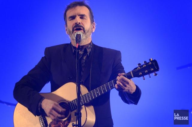 Parlons d'une rentrée! Pierre Flynn, qui n'avait pas chanté ses propres... (PHOTO BERNARD BRAULT, LA PRESSE)