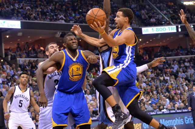 Stephen Curry a inscrit 28 points, mercredi soir, dans... (Photo Brandon Dill, AP)