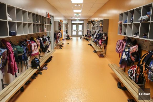 Quelque 5100 enseignants de l'Outaouais statueront la semaine prochaine sur les... (Patrick Woodbury, LeDroit)