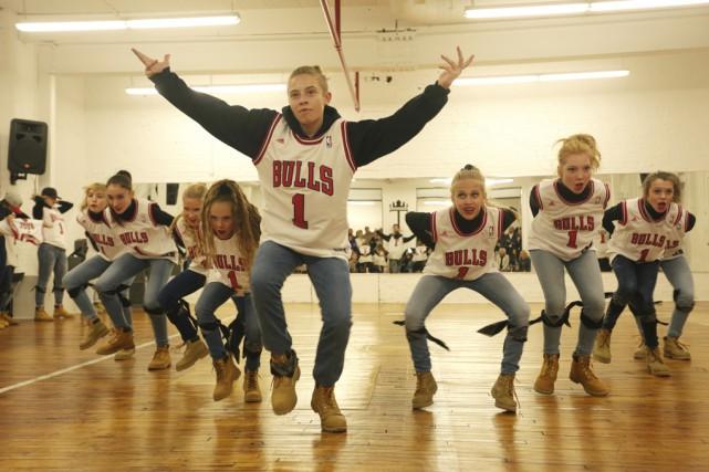La troupe T.easer, de l'école de danse Tendanse,... (photo Catherine Trudeau)