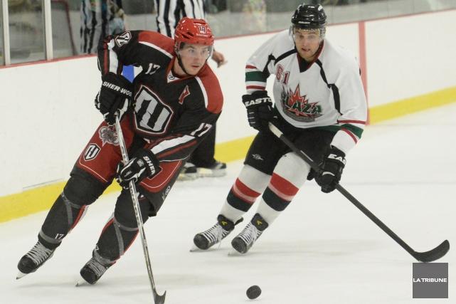 Le Hockey Profil de Sherbrooke a cessé ses... (Archives, La Tribune)