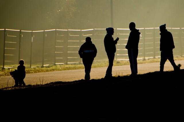 Québec a annoncé qu'il accueillerait 3650 réfugiés syriens... (PHOTO JULIAN STRATENSCHULTE, AGENCE FRANCE-PRESSE)