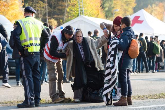 Le premier ministre Justin Trudeau, appuyé par le... (PHOTOSEBASTIAN KAHNERT, ARCHIVES ASSOCIATED PRESS)