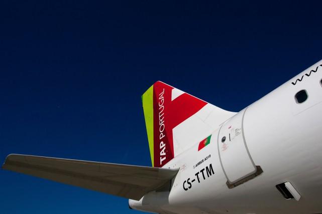 Airbus a annoncé vendredi la signature avec la compagnie portugaise TAP d'une... (PHOTO ARCHIVES BLOOMBERG)