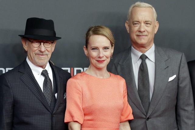 Le réalisateur Steven Spielberg (à gauche) a présenté... (PHOTO AP)