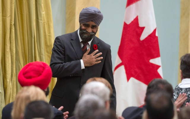 Le nouveau ministre de la Défense nationale, Harjit... (photo Justin Tang, la presse canadienne)