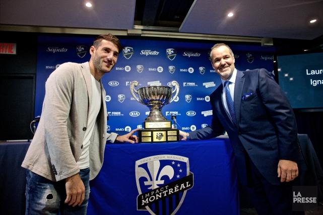 Ignacio Piatti et le président de l'Impact, Joey... (Photo André Pichette, La Presse)