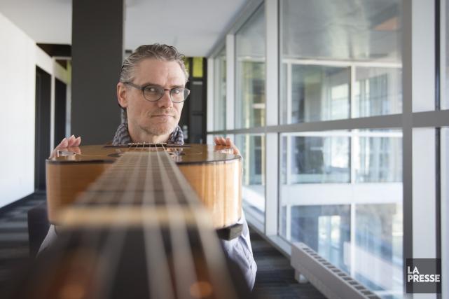 Avec ses compositions, le guitariste Jesse Cook désire... (Archives, La Presse)