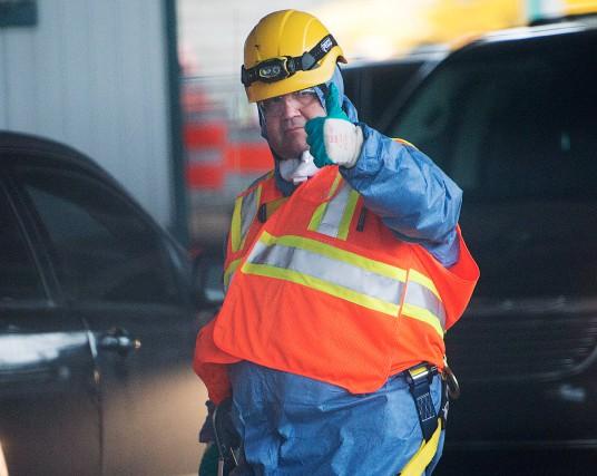 « Les déchets voyagent loin, M. Coderre, je... (PHOTORYAN REMIORZ, LA PRESSE CANADIENNE)