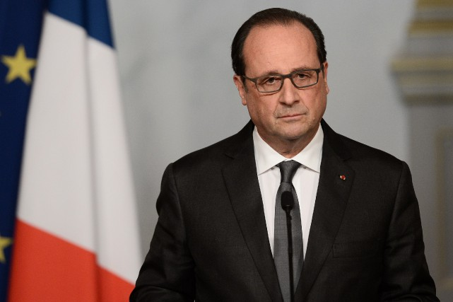Le président français, François Hollande... (PHOTO STEPHANE DE SAKUTIN, AFP)