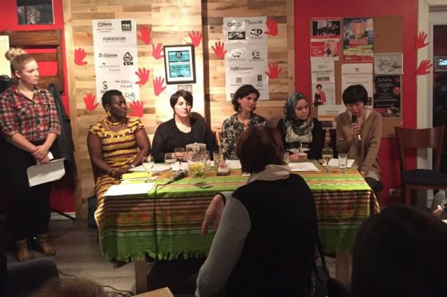 L'événement s'est tenu jeudi soir au café communautaire... (Photo courtoisie)