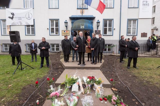 Le premier ministre Couillard a pris la parole... (La Presse Canadienne, Francis Vachon)