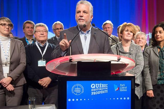 Le premier ministre du Québec,Philippe Couillard... (La Presse Canadienne, Jacques Boissinot)