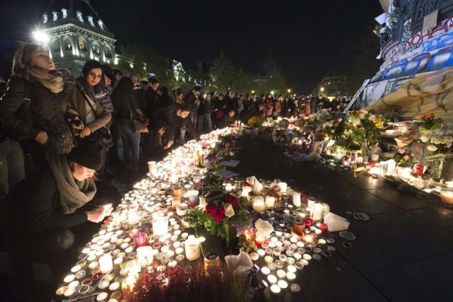 Deux jours après les attentats, les Français sont... (AFP)