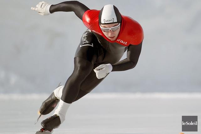 Le patineur Laurent Dubreuil... (Photothèque Le Soleil)