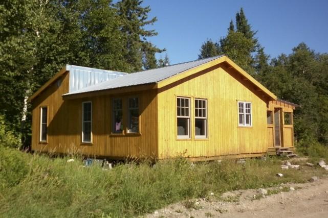 Rénovée et agrandie, cette maison de Kitcisakik est... (Guillaume Lévesque)