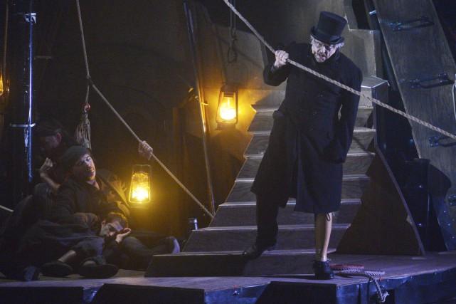 Moby Dick est un spectacle qui tient plus... (Le Soleil, Jean-Marie Villeneuve)