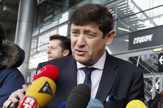 Le ministre français des Sports, Patrick Kanner, étaitprésent... (Photo Thomas Samson, AFP)