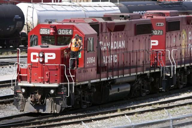 Le Canadien Pacifique (T.CP) a annoncé mardi avoir proposé de... (Photo Jeff McIntosh, archives La Presse Canadienne)