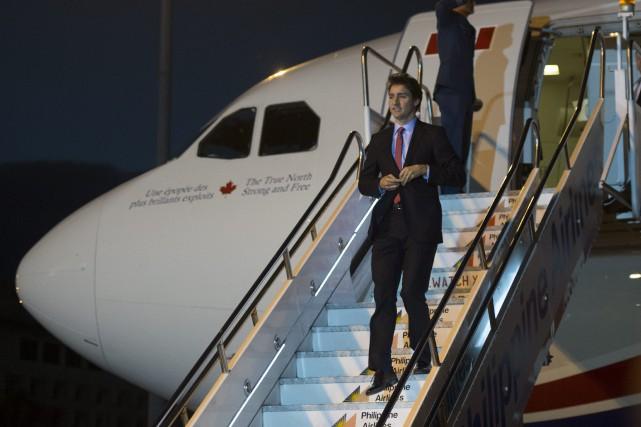 Justin Trudeau à son arrivée à Manille pour... (Photo Sean Kilpatrick, La Presse Canadienne)
