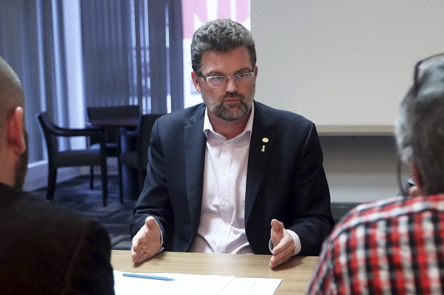 Le maire de Gatineau, Maxime Pedneaud-Jobin, en rencontre... (Etienne Ranger, LeDroit)