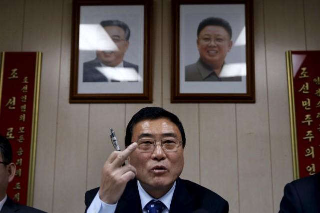 L'ambassadeur nord-coréen Ri Hung Sik.... (PHOTO REUTERS)