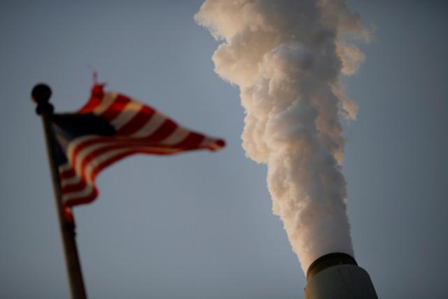 Le «Clean Power Plan» impose aux centrales électriques... (ARCHIVES BLOOMBERG)