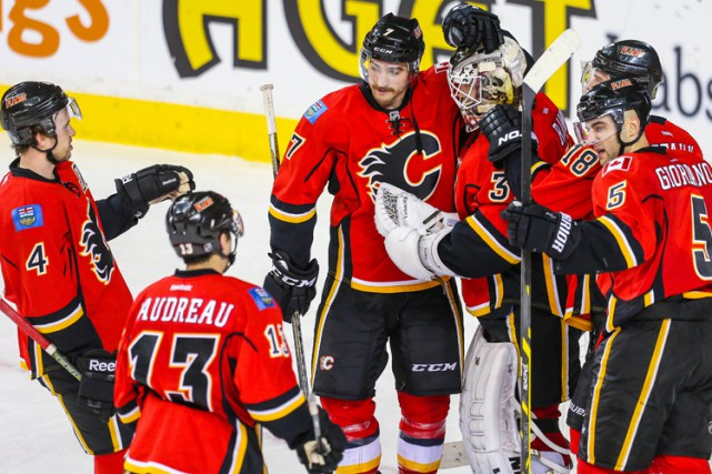 David Jones a récolté son 100e filet dans la LNH et les Flames de Calgary ont... (PHOTO REUTERS)