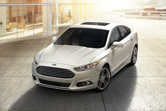 La partie avant de la Ford Fusion rappelle... (Photo fournie par Ford)