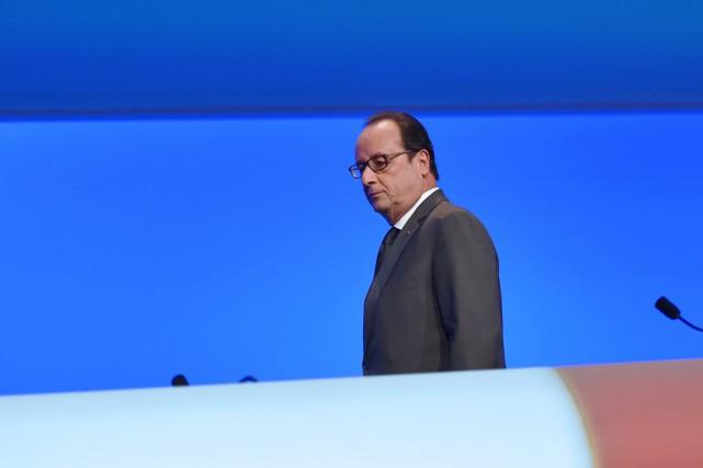 Le président français François Hollande.... (PHOTO STÉPHANE DE SAKUTIN, AFP)