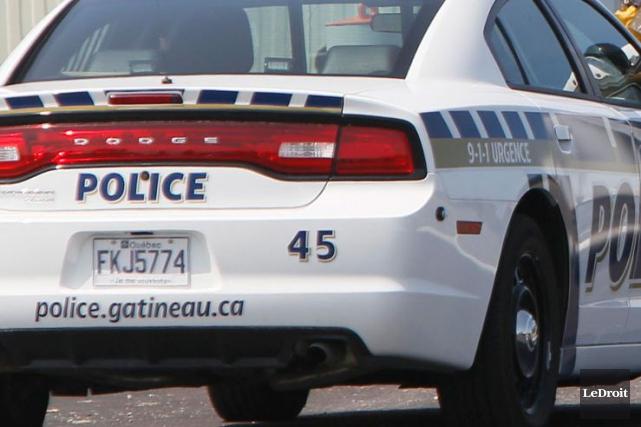 La police de Gatineau a procédé à des vérifications, mercredi après-midi, après... (Photo Simon Séguin-Bertrand, Archives LeDroit)