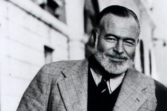 Ernest Hemingway en 1950.... (ARCHIVES AP)