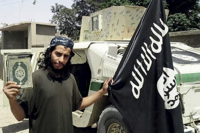 Abattu par la police française ou en fuite?... (Associated Press)