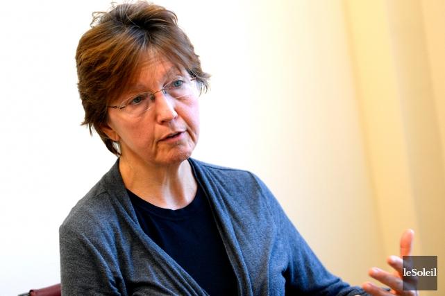 La directrice du Centre multiethnique, Dominique Lachance,croit devoir... (Photothèque Le Soleil, Patrice Laroche)