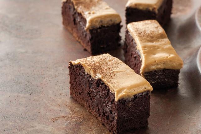 Brownies à l'espresso... (PHOTO TIRÉE DU LIVRE LES PÂTISSERIES DE ROSE MADELEINE)