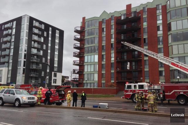 Les pompiers ont été appelés jeudi midi au... (Patrick Woodbury, LeDroit)