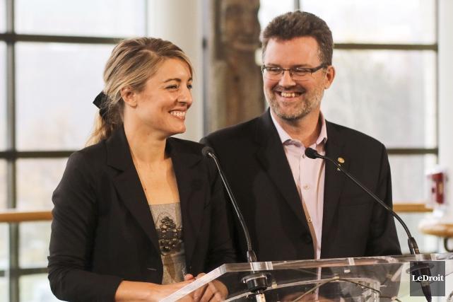 La nouvelle ministre du Patrimoine canadien, Mélanie Joly,... (Patrick Woodbury, LeDroit)
