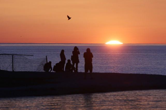 Le niveau de l'eau dans les Grands Lacs risque de demeurer au-dessus de la... (PHOTO ARCHIVES AP)
