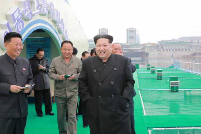 Le dictateur nord-coréen Kim Jong Un a visité... (Photo KCNA/Reuters)