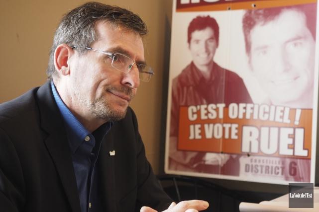 Serges Ruel a annoncé hier qu'il quitte la... (Alain Dion, La Voix de l'Est)