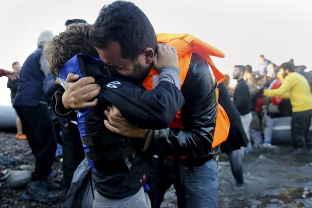 Vous avez peur des musulmans et des réfugiés?... (PHOTO YANNIS BEHRAKIS, REUTERS)