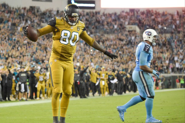 Julius Thomas a incrit un touché pour les... (Photo Phelan M. Ebenhack, AP)