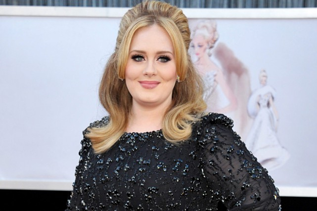 La chanteuse britannique Adele a choisi de ne pas diffuser en... (PHOTO ARCHIVES AP)