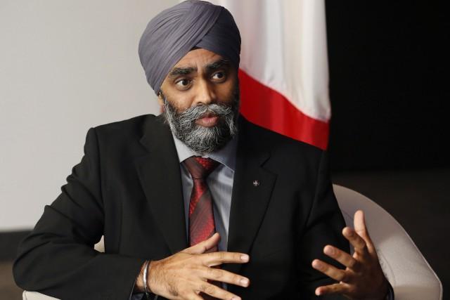 Le ministre Harjit Sajjana affirmé que de nombreux... (Photo Patrick Doyle, Archives La Presse Canadienne)