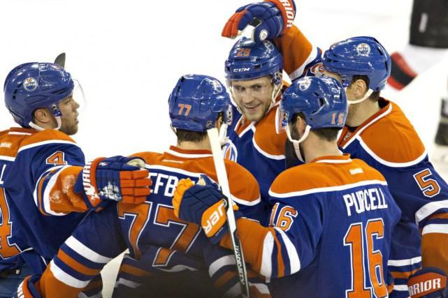 Les Oilers ont gagné pour la deuxième fois... (PHOTO JASON FRANSON, PC)